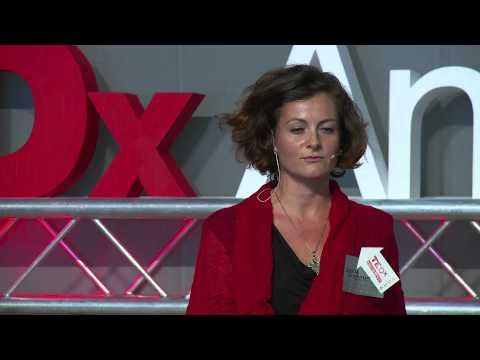 Scream the silence | Saskia Griffiths | TEDxAndorraLaVella