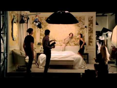 chanel coco mademoiselle film 60 second version youtube. Black Bedroom Furniture Sets. Home Design Ideas