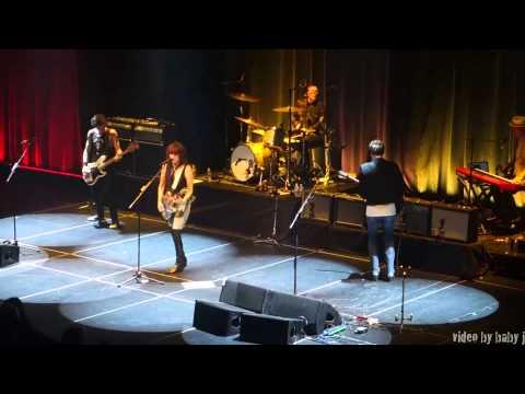 Chrissie Hynde-DARK SUNGLASSES-Live-The...