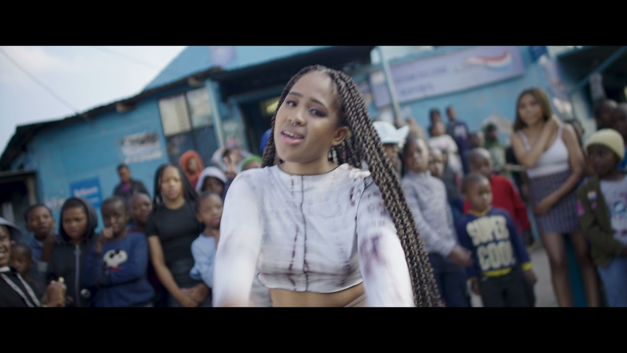 Download Pabi Cooper - Isiphithiphithi ( Official Video ) ft Reece Madlisa , Busta929 & Joocy