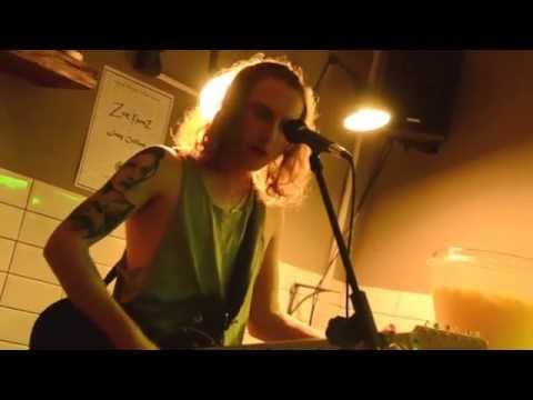 Joey Collins - Tangled Minds (live at Remon Coffee House)