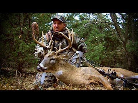 Old School: Tom Miranda Bowhunt's A Oklahoma 9pt Buck