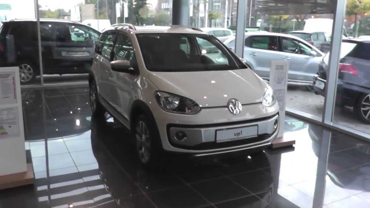 volkswagen cross up youtube. Black Bedroom Furniture Sets. Home Design Ideas