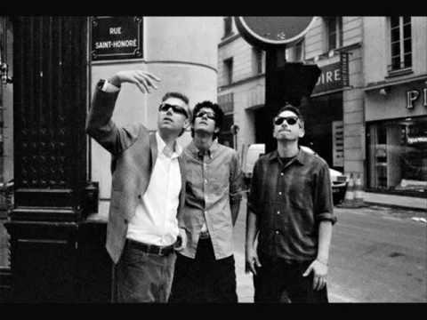 Beastie Boys -  In 3´s