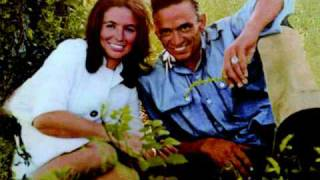 Johnny Cash & June Carter Cash - City Of New Orleans