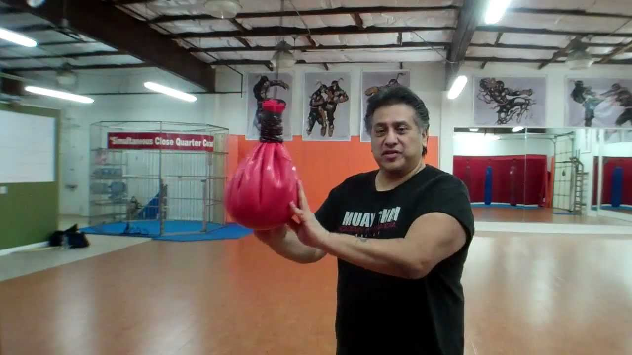 How To Use The Maize Bag For Boxing Or Street Fighting