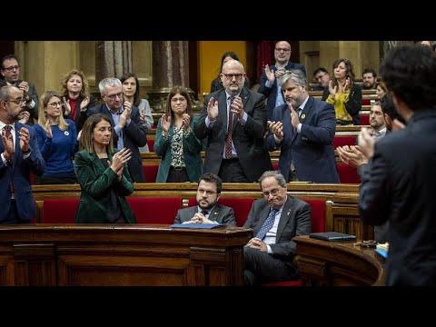 Главу правительства Каталонии лишили депутатского мандата …