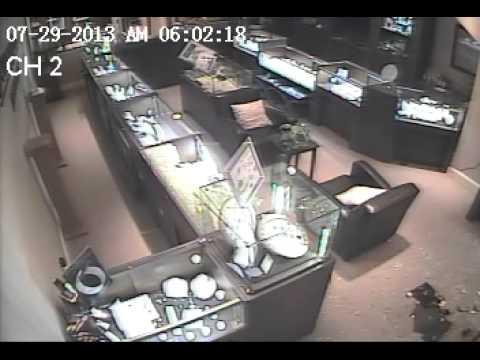 AP Jewelry Store Burglary (Break In)