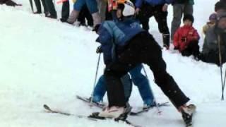 日本にスキーが伝わって100周年になることを記念し、2011年2月13日に上...