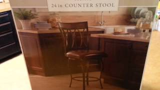$100.00 Bar stool for free. Chair dive find update