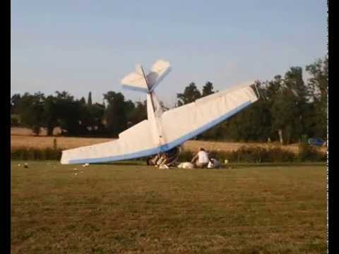Crash of an ULM take-off in France (picture + video)