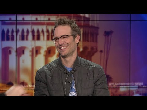 "Michael Vartan on a Hollywood Behind the Scenes Look in ""The Arrangement"""