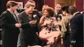 Mais que uma Família (Like Family) - Episódio 13 - Noite das Solteiras