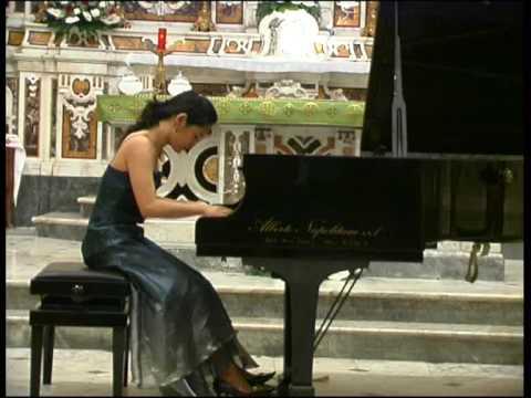 CMP 2009 - M° Yesol Lee - R.Schumann Symphonic etu...