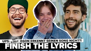 The Voice Kids-Gewinner EGON singt die Hits von Mark Forster, Lea & Co. | Finish The Lyrics - Teil 2