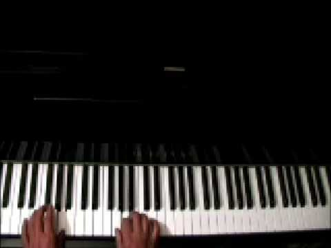 Here's How to Warm Up to Play Piano!