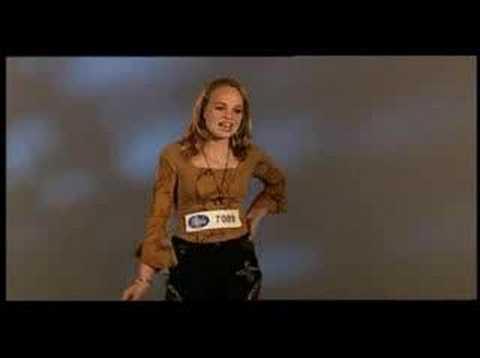 "Dutch Idol singing Shakira's ""UYC"""