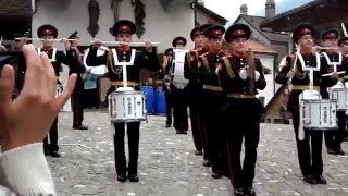 Выступление суворовцев в замке Грюйер.Швеицария.