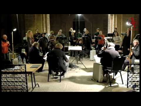 Jordi Savall Mannequin Challenge in Cardona
