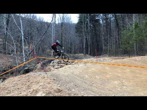 99b1c4a6065 Windrock Bike Park Pro Gravity Tour 2018 RAW - YouTube