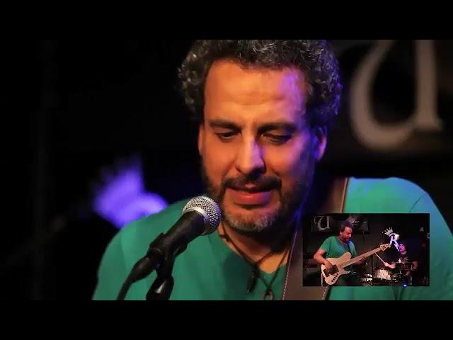 Entrevista Yrvis Mendez  Classic Single cut  Signature 5 strings