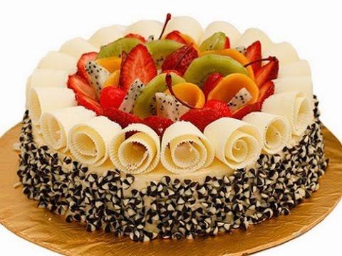 Cách trang trí bánh sinh nhật đẹp.