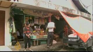 Uncertain future for Sumatra quake survivors - 06 Oct 09