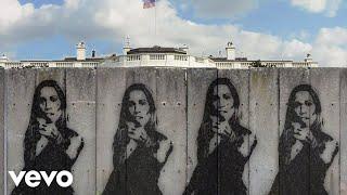 Смотреть клип Sheryl Crow - Woman In The White House