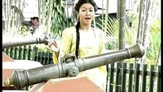 Syura & M.Daud Kilau - Joget Burung Merpati (Official Music Video) Mp3
