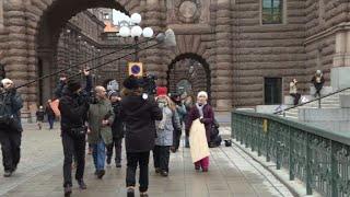 Climat : Greta Thunberg arrive devant le Parlement suédois | AFP Images