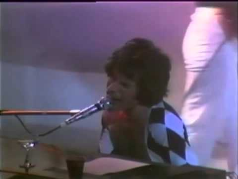 25. We Are The Champions (Queen In Houston: 11/12/1977) [Filmed Concert]