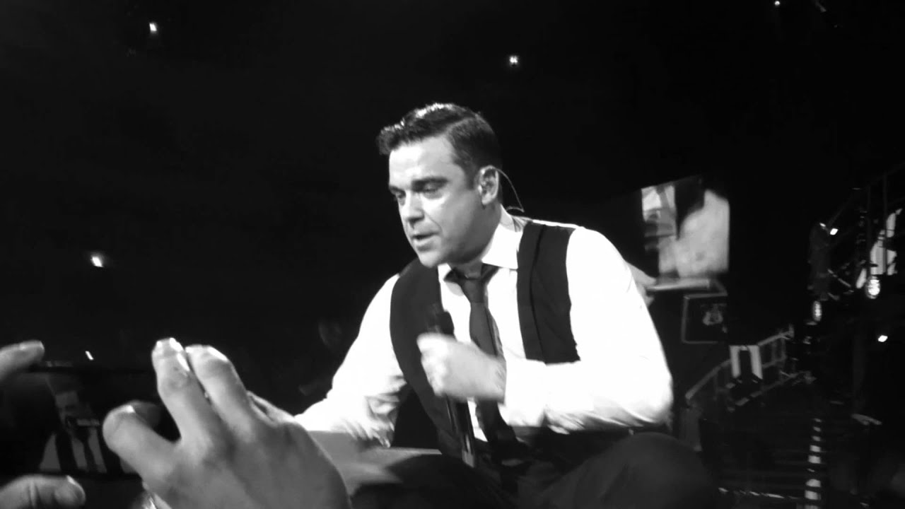 Robbie Williams Swings both ways tour flashback - My Way ...