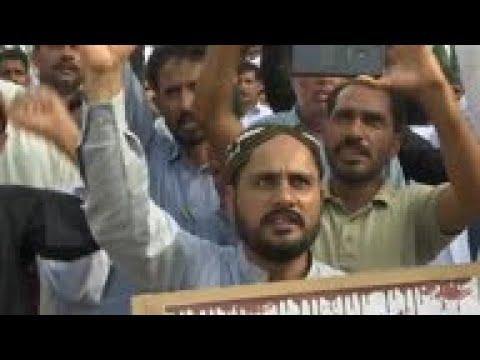Karachi protesters in Kashmir solidarity rally