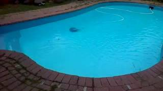 How to clean your swimming pool clean with blue 52 and hth PLEASE SUBSCRIBE, SHARE and LIKE