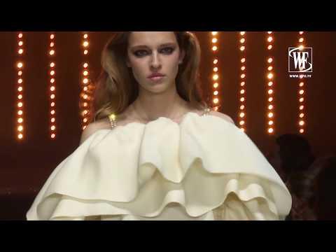 Viktor & Rolf Haute Couture Fall/Winter 18-19