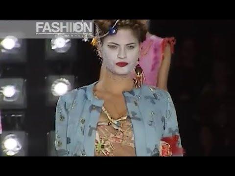 CHRISTIAN DIOR Spring Summer 2001 Paris - Fashion Channel