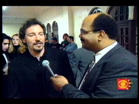 "Bruce Springsteen ""Streets of Philadelphia"" Grammy Interview"