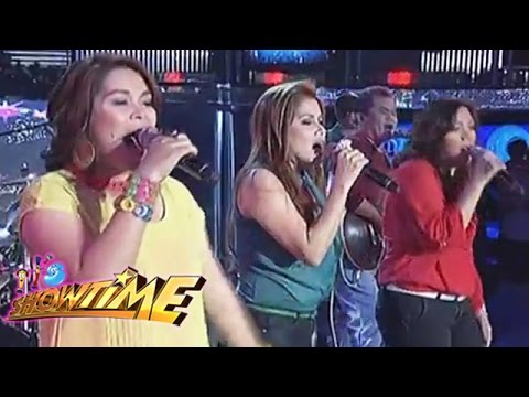 Aegis Band Christmas jamming on It's Showtime