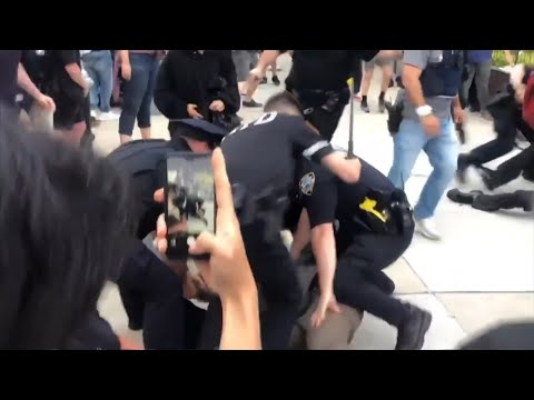 Protesters Clash With Police In NYC As George Floyd Protest Turns Violent