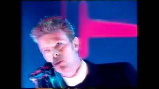 David Bowie And Pet Shop Boys - Hallo Spaceboy - TOTP - 1996