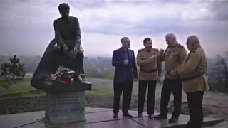 Александр Вилкул и актеры фильма «В бой идут одни «старики»: С 9 мая! С Днем Победы!