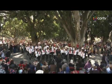 CONCIERTO BAJO EL LAUREL BANDA SINFÓNICA DE TLAXIACO