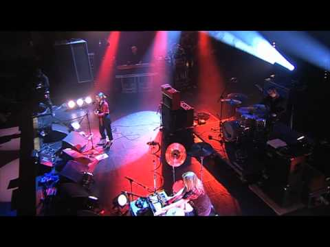 Anna Calvi - Suzanne And I (live for 6 Music at the Southbank Centre)