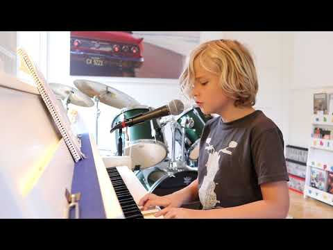 True Colors by Cindi Lauper by mrcoolo aged 9