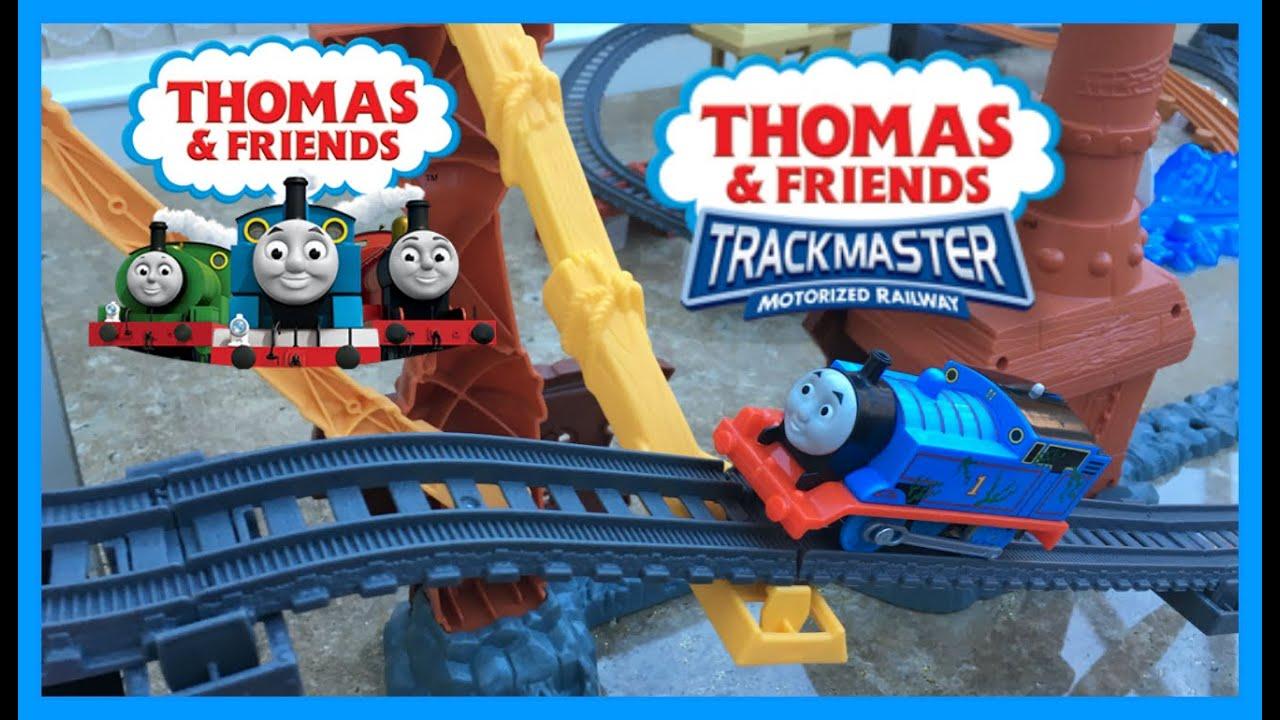 Fisher price thomas amp friends trackmaster treasure chase set new - Thomas The Tank Engine Trackmaster Shipwreck Rails And Treasure Chase Set Toy Kids Videos Youtube
