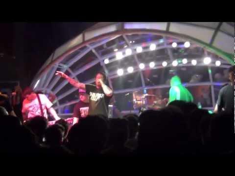 Comeback Kid - Broadcasting (Live In Malaysia 2013)