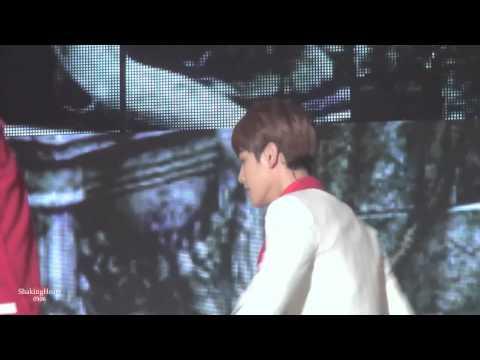 131114 Melon Music Awards EXO  Why so serious Baekhyun Focus