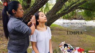 MARTHA PANGOL DOES A RELAXING SPIRITUAL CLEANSING (LIMPIA ESPIRITUAL)  ASMR MASSAGE/HAIR CRACKING