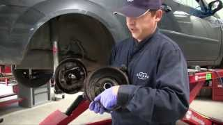 Ford Fiesta - Changer le kit de frein à tambour arrière