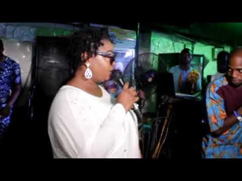 Download Hear how iya Charlie saint Janet showers praise on lanre teriba.